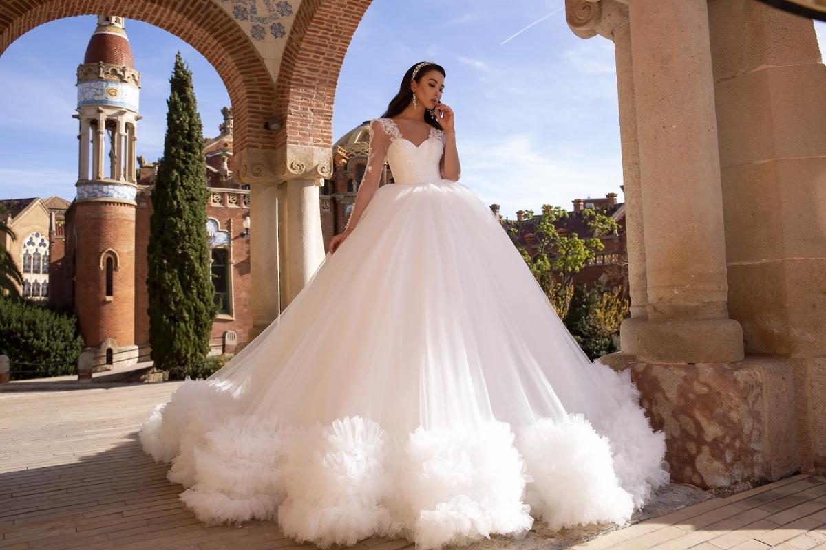 Choose best wedding gown